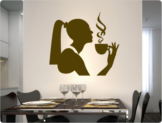 Frau trinkt Cafe Wandtattoo