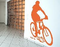 WandTattoo No.RS122 Wunschtext Radfahrerin